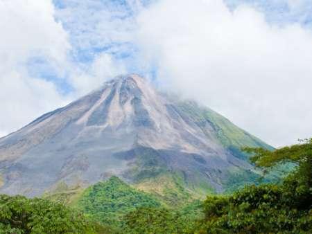 Dinosaur Extinction Facts for Kids - Volcano