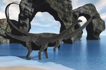 Dinosaurs - Diplodocus wading in lake